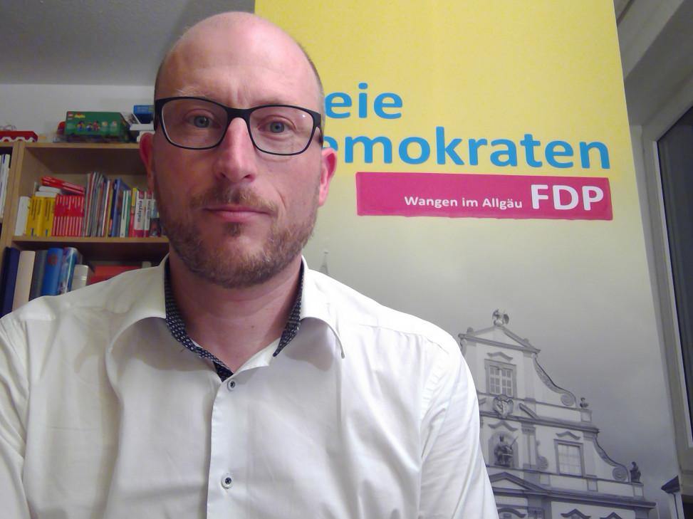 Sebastian Scherer im Online-Meeting